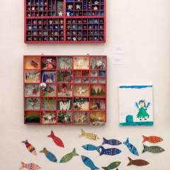 uno stellario, una collezione di farfalle e una fatina